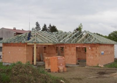 Dřevěné vazníky na RD v České Bělé